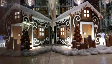 Пряничный домик: декор теплого теста и снежной глазури