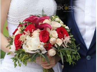 Оформление свадьбы Беллы и Владимира букет невесты